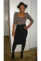 H&M shirt - Martin & Osa skirt - Urban Outfitters tights - Jessica Simpson shoes