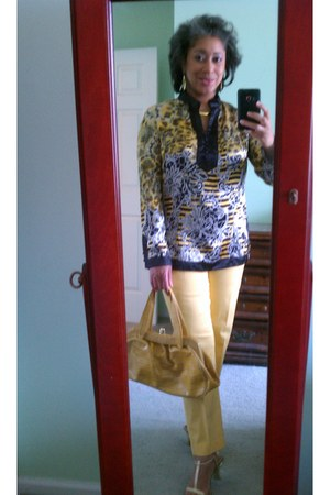 Jones New York pants - nicole lee bag - Bill Blass top