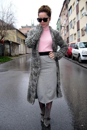 pink turtleneck Terranova sweater - grey pencil Terranova skirt