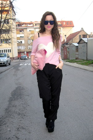 handmade bag - lindex sunglasses - chunky sandals Bershka sandals