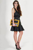 black faux leather Three Floor top - mustard envelope clutch Medusa bag