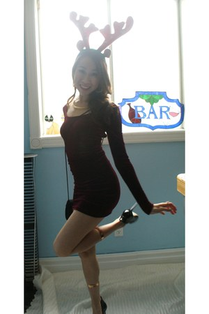crimson American Apparel dress - black Aldo pumps