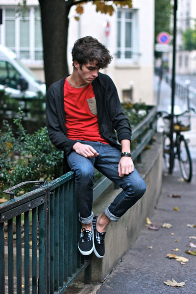 black VictoriaxFricotte shoes - navy Lee jeans - ruby red asos t-shirt