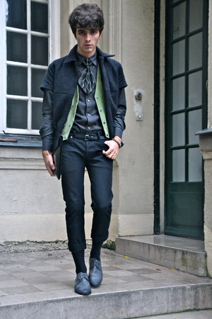 wool Thierry Mugler jacket - leather vintage shoes - dior homme jeans