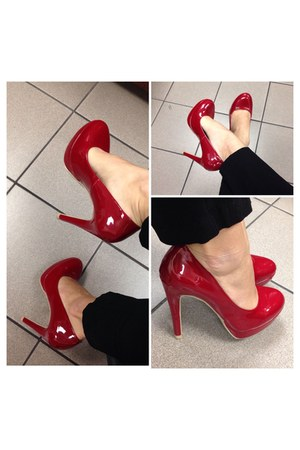 ruby red Steve Madden heels