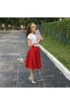 aquamarine pumps - red satin round Sheinside skirt