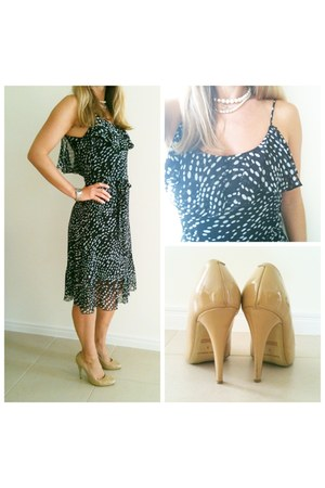 polka dots dress - nude patent tony bianco heels