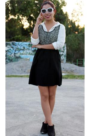 white basic Bershka blouse - black capa de ozono boots