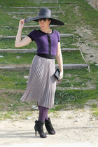 heather gray H&amp;M skirt - black Zara shoes - black Zara hat - black vintage purse