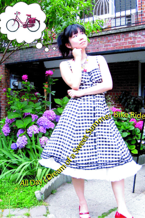 Betsey Johnson dress - vintage skirt - Topshop necklace - delman shoes