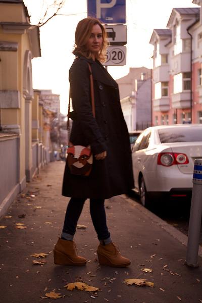 burnt orange Zara boots - black Celine B coat - navy lindex jeans
