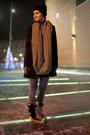 Emilio-pucci-boots-seppala-hat-pull-bear-jacket-marks-spencer-leggings