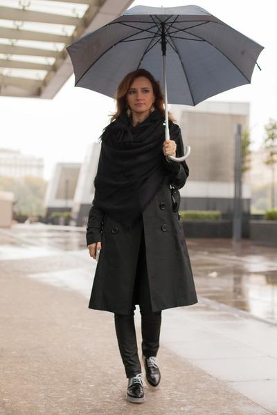 black Zara boots - black Elisabetta Franchi coat - black Louis Vuitton scarf