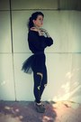 Black-tutu-belt-suce-belt-black-jeffrey-campbell-boots-black-romwe-leggings