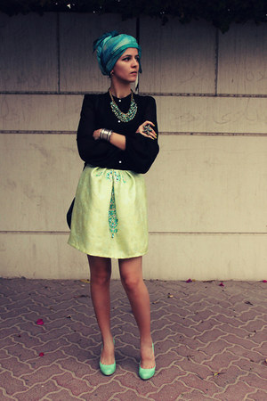 Moonstone Accessories necklace - Susanna Vesna skirt - Zara blouse
