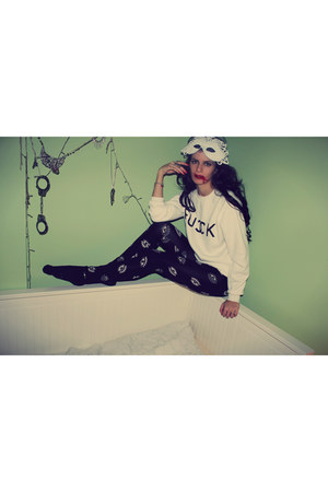 black kenzo inspired Kenzo leggings - white Sheinside sweatshirt