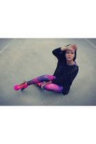 black romwe sweater - hot pink Jeffrey Campbell boots - magenta romwe leggings