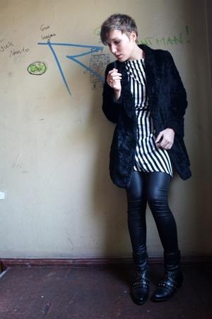 black Dorothy Perkins dress - black one love leggings - black vintage from kleid