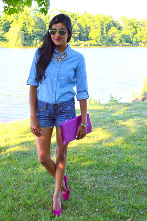 light blue chambray Walmart shirt - hot pink clutch H&M bag