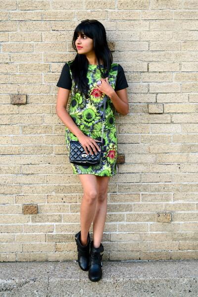 printed set Target skirt - black Amazon bag - black H&M sunglasses