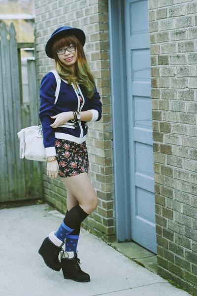 polka dots Forever 21 socks - mini floral Forever 21 bodysuit