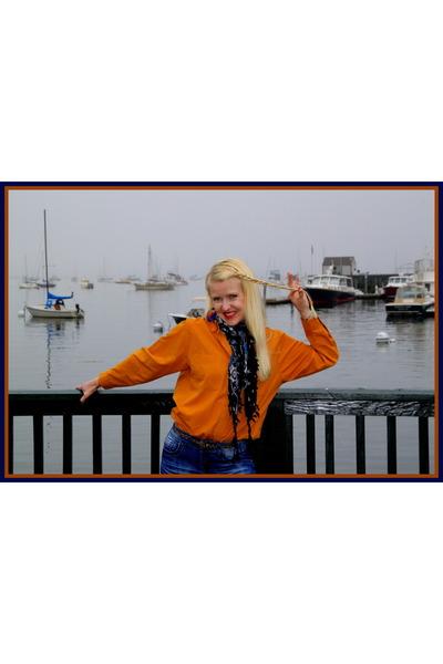blue Pimkie jeans - burnt orange Helsinki vintage shirt