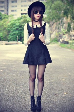 black collar Forever 21 dress