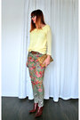 Maroon-leather-nine-west-boots-olive-green-floral-anthropologie-jeans