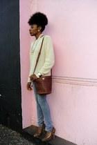 beige H&M sweater - blue skinny jeans Habitual jeans - tawny Goodwill bag