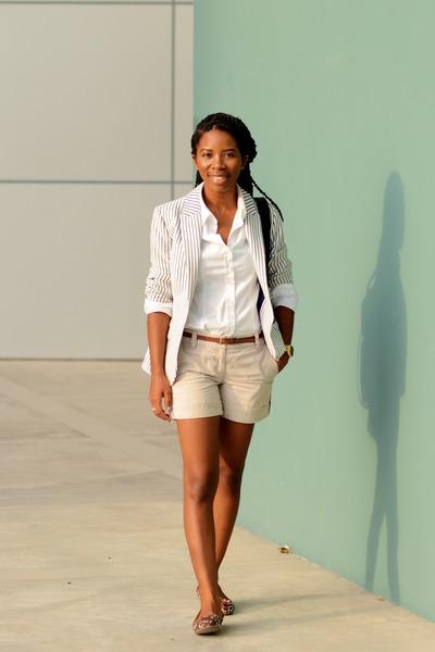 navy striped H&M blazer - black Topshop bag - beige ann taylor shorts