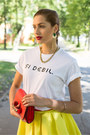 Red-unknown-bag-white-hicustomnet-t-shirt-red-camaïeu-belt
