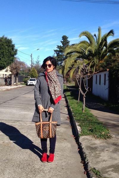 gray wool FBO blazer - animal print scarf - brown leather Louis Vuitton bag