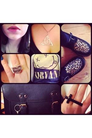 white necklace - black Plndr shoes - dark green c&a purse