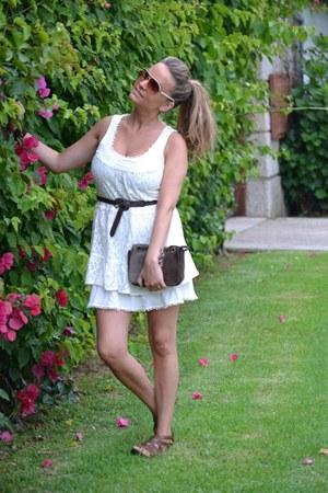 Vero Moda dress - Stradivarius sandals
