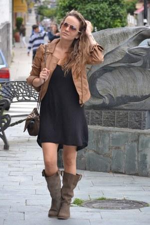 Bershka jacket - Stradivarius boots - Zara dress