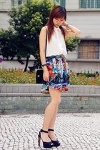 red Zara skirt - black vintage bag - black Zara heels - white H&M blouse