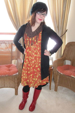 ruby red banana republic boots - carrot orange spotted moth Aryeh dress - black