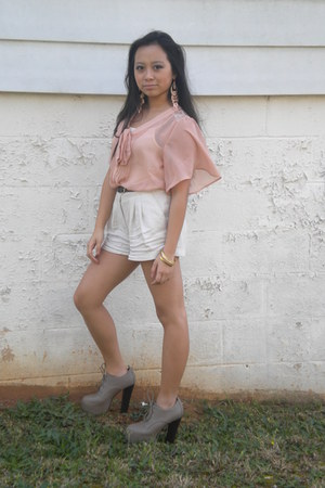 beige platforms Forever 21 shoes - off white Forever 21 shorts
