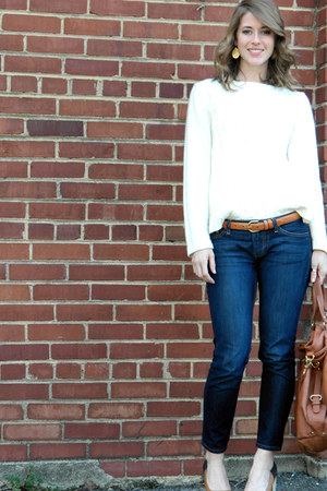 thrifted belt - banana republic jeans - New York and Co thrifted sweater