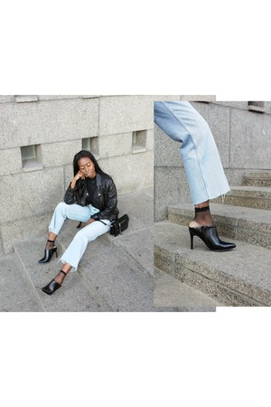 sky blue denim Zara jeans