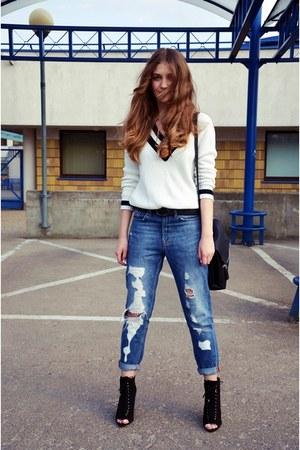 black Zara boots - sky blue pull&bear jeans - white Bershka sweater