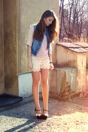 beige OASAP shorts - light pink H&M top - sky blue Stradivarius vest