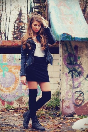 charcoal gray lookbookstore jacket - black Terranova skirt