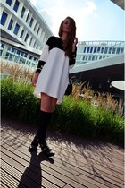 black Stradivarius boots - white Zara dress - black H&M bag