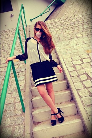 black Misbhv dress - black Pimkie sunglasses - black Zara heels