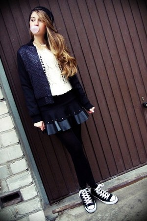 black H&M hat - ivory new look sweater - black Gatta tights