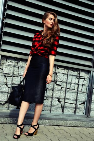H&M shirt - black Pimkie bag - black new look skirt - Guess wedges