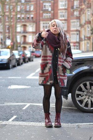 maroon jacket - brick red shoes - black tights - crimson scarf