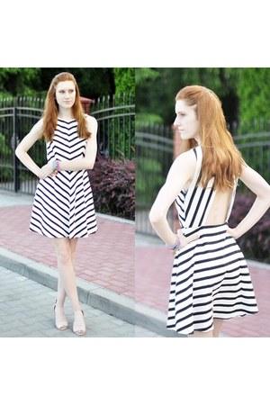 stripes Zara dress