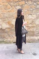 Zara shoes - Zara leggings - Zara shirt - purificación garcía bag